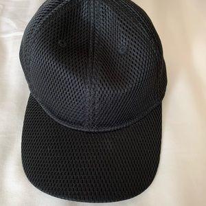 Lululemon Black Baseball Cap